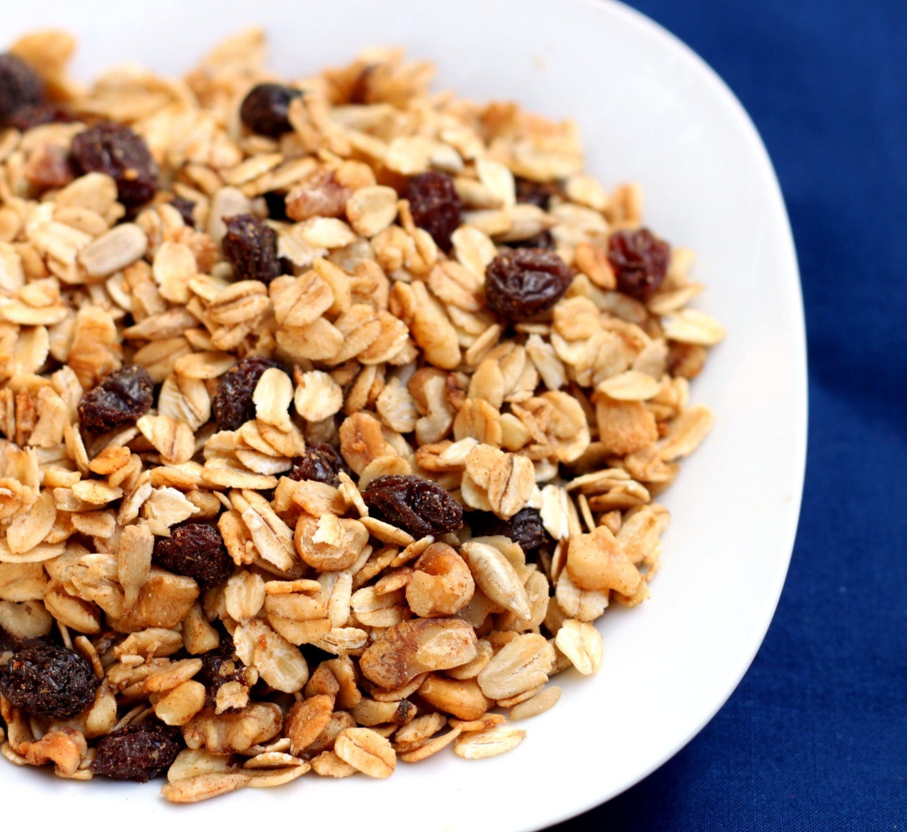 Slow-cooker-granola-1-cropped